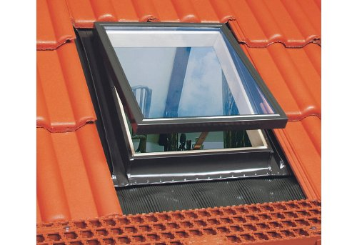 46 x 75 optilook dachausstiegsfenster wgt f r kaltdach fakro konzern ausstiegsfenster. Black Bedroom Furniture Sets. Home Design Ideas